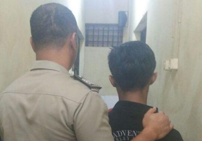 Pakai Sabu Bersama Biduan, Pemuda Ini Diciduk Polisi Di Bengkel