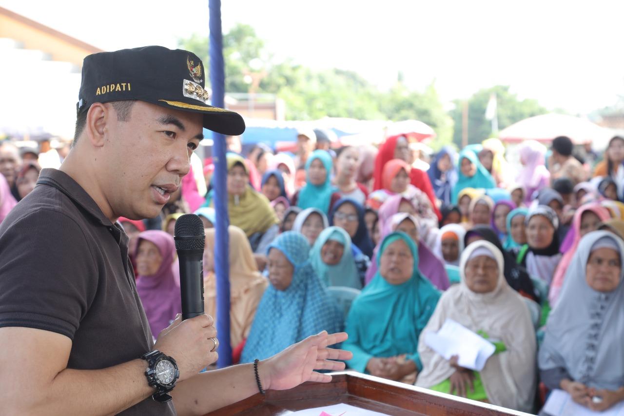 1007 Warga Kecamatan Baradatu Terima KKS dan BPNT