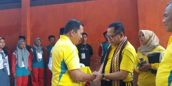 Kadisdikbud Buka Turnamen Bola Voli Kadis Cup SMA/SMK/MA se-Lampung Utara