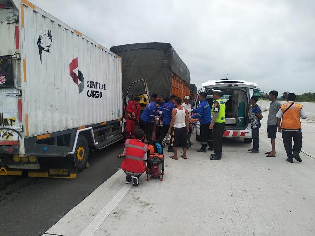 Kecelakaan di Tol Kalianda, Sopir Warga Katibung Tak Sadarkan Diri