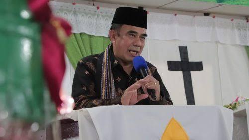 Menag Tegaskan Penceramah Bersertifikat untuk Semua Agama