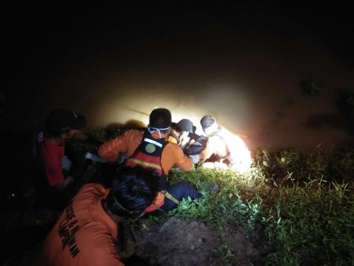 Hanyut Di sungai Way Sekampung, dedi Ditemukan Meninggal