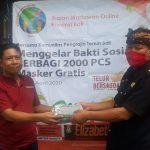 Peduli Covid-19, IWO Bali Bagikan Masker Gratis ke Warga Desa Perean Kauh