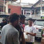 Balas Tudingan Miring, Billy Mambrasar Gelar Bagi-Bagi Sembako