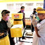 TEC Berikan Puluhan Ribu Masker dan Wastafel Portable Bagi Umat Hindu
