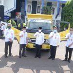 Plt Bupati Lampura Terima Bantuan Dum Truck dari CSR PT. BPD Lampung Untuk Dinas Lingkungan Hidup