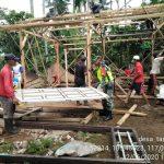 Babinsa 421 - 10 KTB dan Sekdes Tanjungan. Prakarsai Gotong Royong bedah rumah secara Swadaya.