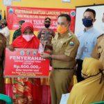 Bupati Lampung Selatan Monitoring Penyaluran BLT Dana Desa Di Dua Kecamatan