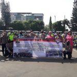 Dirlantas Polda Lampung Bersama THCL Dalam Rangka Anniversary ke 7 Tahun Bagikan Helm dan Masker ke Pengendara Roda Dua