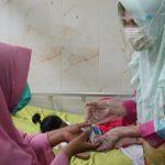 Kunjungi Penderita Gizi Buruk Di RSUD Bob Bazar, Winarni Bantu BPJS Dan Tali Asih