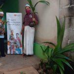 Rumah Zakat Berikan Bibit Kelapa kepada Pemuda Warga Rejomulyo