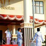 Nanang Ermanto Pimpin Upacara HUT ke-75 Kemerdekaan RI di Halaman Kantor Bupati