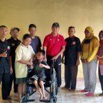 Peduli Disabilitas Pemerintah Desa Purwodadi Dalam Beri Bantuan Kursi Roda.