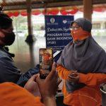 KPW Bank Indonesia Solo serahkan 500 paket Logistik Sembako dan Vitamin kepada Rumah Zakat