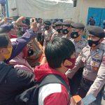 Terkesan Arogansi, Oknum Polisi Halangi Tugas Wartawan