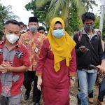 Bupati Serahkan Bantuan Sosial, Bibit Alpukat Penyandang Disabilitas Dan Penebaran Bibit Ikan Karambah Di Pekon Kejadian