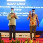 RUMAH ZAKAT TERIMA PENGHARGAAN TOP DIGITAL AWARD IMPLEMENTATION ON SOCIAL INSTITUTION 2020