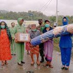 Bantuan Ketum Dharma Pertiwi Untuk Korban Gempa Disalurkan Kepada Masyarakat Mamuju