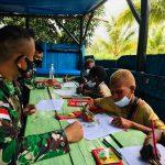 Tingkatkan Minat Belajar, Satgas Yonif 125/Simbisa Ajak Anak-Anak Belajar Bersama