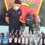 Untuk Kesekian Kalinya, Satgas Pamtas RI-Malaysia Yonif 642 Gagalkan Penyelundupan Ratusan Botol Miras
