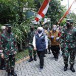 Panglima TNI Meninjau Pelaksanaan PPKM Skala Mikro di Surabaya