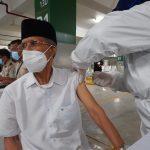 Tokoh Lintas Agama Divaksinasi COVID-19 di Masjid Istiqlal