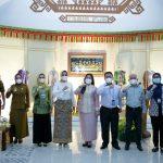Webinar dalam Rangka HUT Ke-41 Dekranas, Ibu Riana Dorong UMKM Ciptakan Produk Kerajinan Berdaya Saing dan Marketable di Pasaran