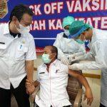 Pejabat dan ASN di Sekretariat Daerah Pemkab Lampung Selatan Jalani Vaksinasi Covid-19