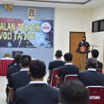 Kapusjaspermildas TNIBerikanPengarahanAkhir KepadaPesertaPelatih Bola Voli