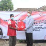 Anggota DPR Junaidi Auly Berikan Paket Bahan Pokok Pada Penyuluhan Stimulus OJK Saat Pandemi
