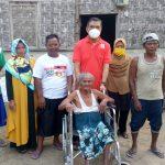 Kunjungi Dapil, Junaidi Auly Serahkan Bantuan Kursi Roda
