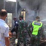 Polsek Limau Bersama TNI Bantu Padamkan Kebakaran