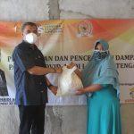 Kunjungan Reses, Junaidi Auly Bagikan Paket Bahan Pokok Kepada Masyarakat Lampung Tengah