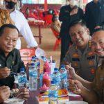 BERITA Kunker ke Lampung Selatan, Kapolda Lampung Panen Semangka hingga Makan Bakso di Kuliner Kebun Edukasi