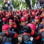 Menolak Demonstrasi Hari Buruh di Masa Pandemi Covid-19