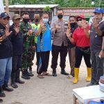 DPP JAGAT BUANA PERDULI LINGKUNGAN LAKU KAN BERSIH BERSIH PANTAI SEBALANG