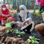 Sambangi Desa Pasuruan, Winarni Nanang Ermanto : Saya Yakin Desa Pasuruan Bisa Juara Nasional