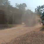 Warga Dusun Sinar Bekasi Mengeluhkan Jalan Rusak dan Berdebu