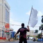 Imbas PPKM Level 4, Pengusaha Hotel Di Lampung kibarkan Bendera Putih