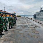 Kepala Staf Kodim 0410/KBL hadir pada kegiatan pemberangkatan/pelepasan kapal KRI Teluk Banten 516 dan KRI Teluk Bintuni 520