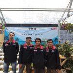 Mahasiswa PMM UMM Gelombang 13 Kelompok 32 Membuat Mini Garden di Green House Desa Gunung Sari